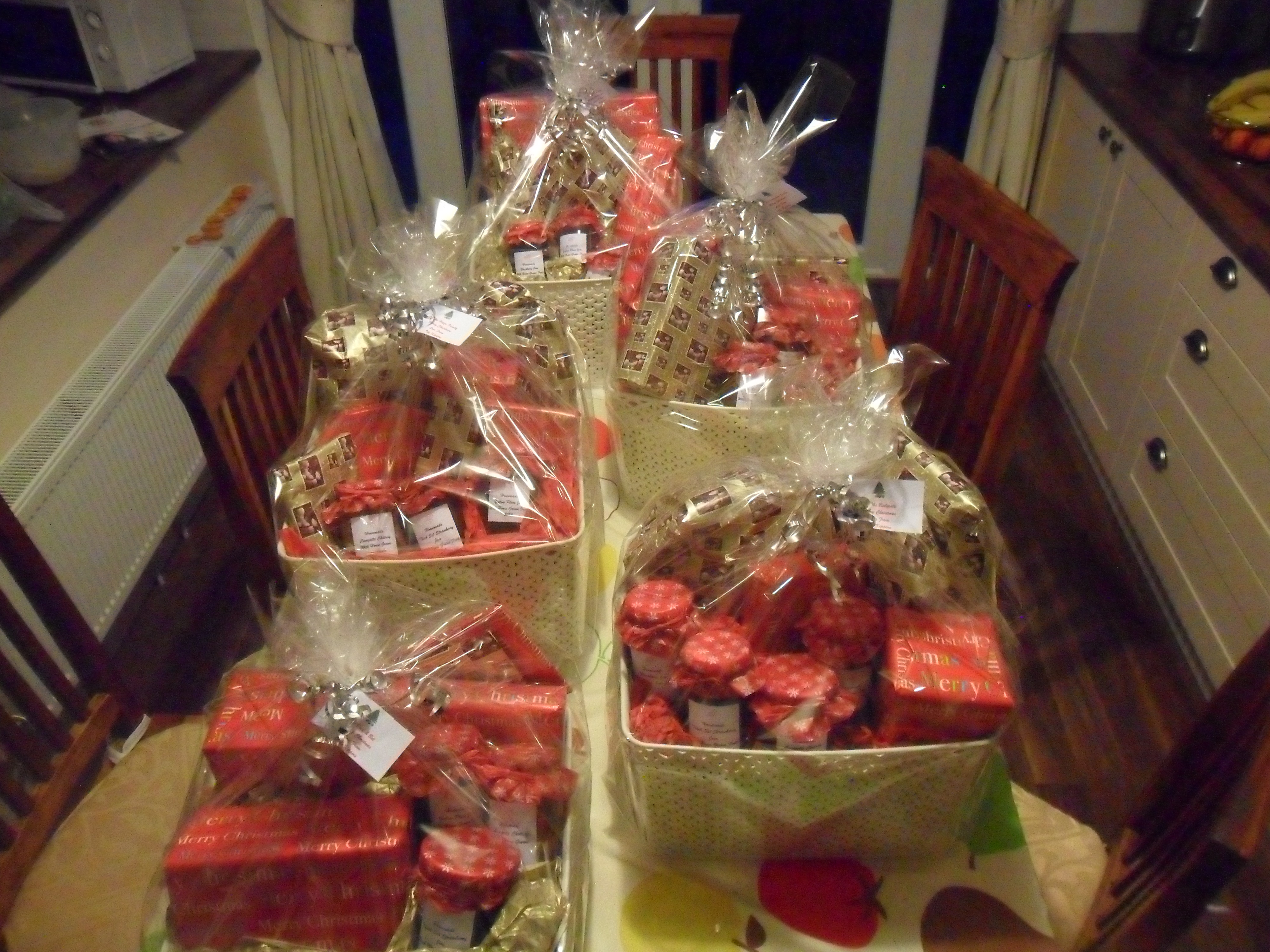 A Yule Log Recipe And Homemade Hampers Decorations
