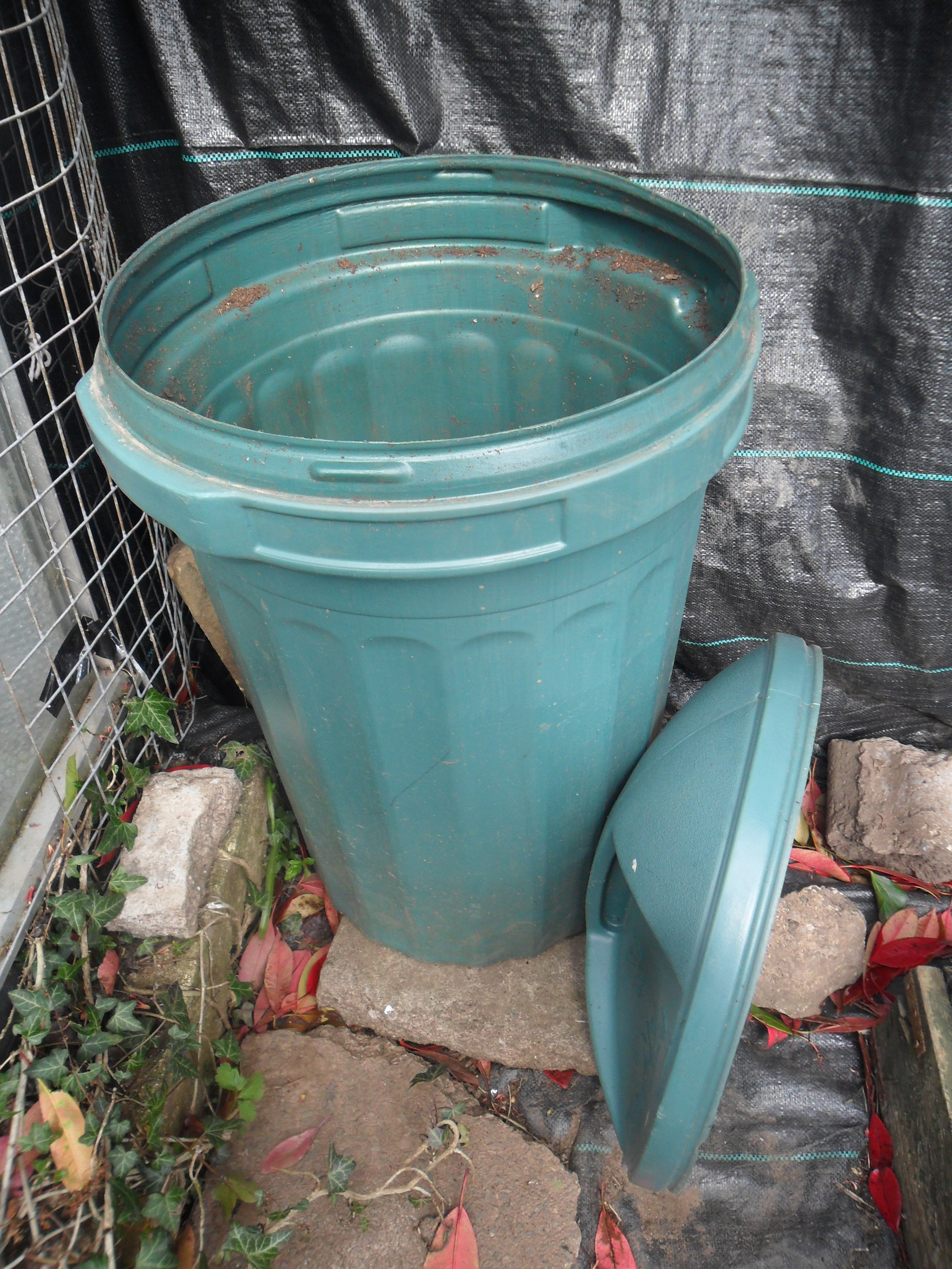 Metal compost bins | not just greenfingers